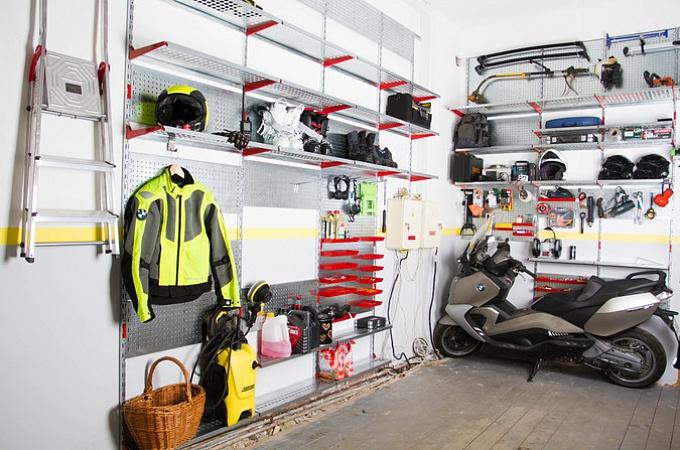 Металлические полки для гаража мастерской и кладовой
