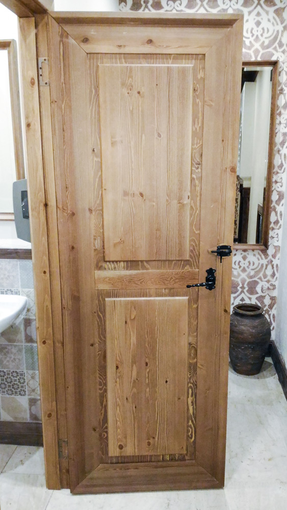 Двери для ресторана Бахрома