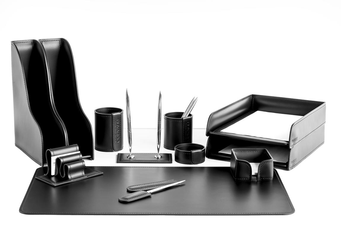 настольный набор для руководителя 12 предметов из черной кожи