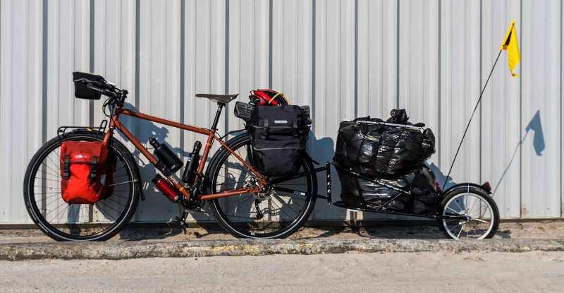 Велосипед с трейлером