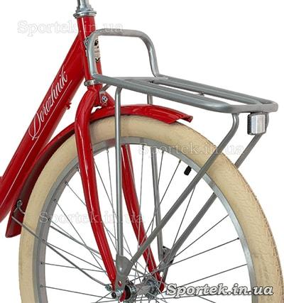 """Жесткая вилка, передний багажник и покрышки на велосипедах серии """"Дорожник"""""""