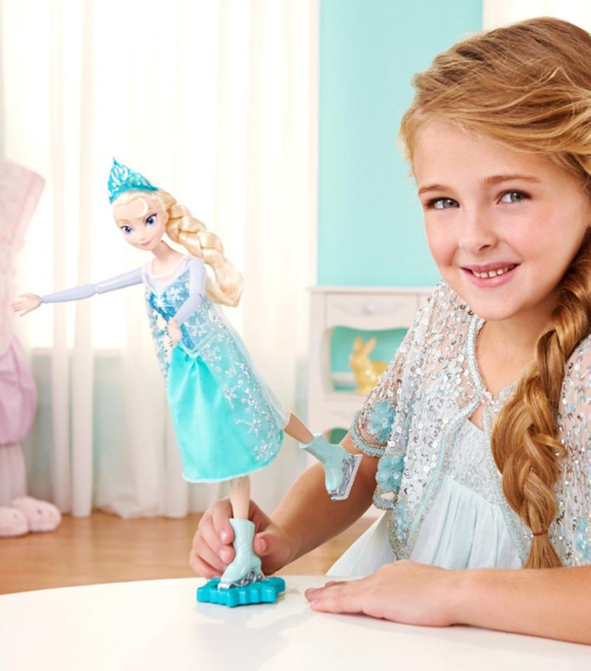 Красивая куколка Эльза, Холодное Сердце, на коньках