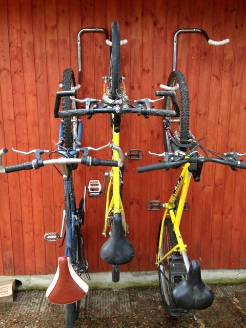 Подвес для хранения велосипедов настенный