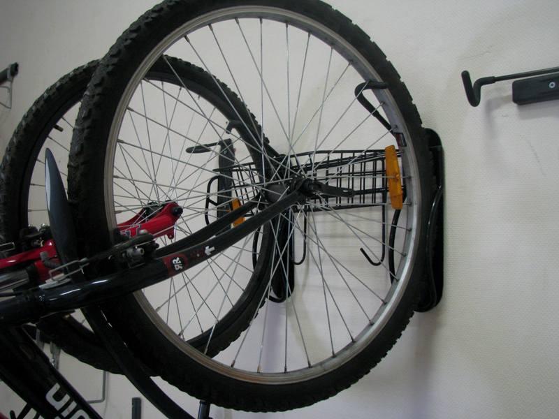 крепление 2 велосипедов на стену_Esse