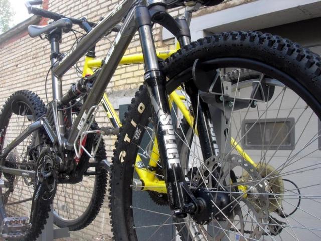 стойка для хранения 4 велосипедов