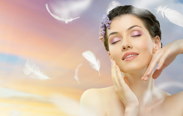 Как ухаживать за проблемной кожей летом?