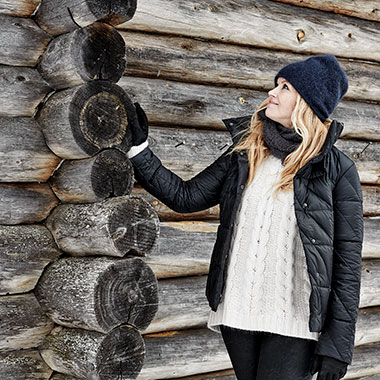 Фотосессия пуховиков Joutsen в Лапландии