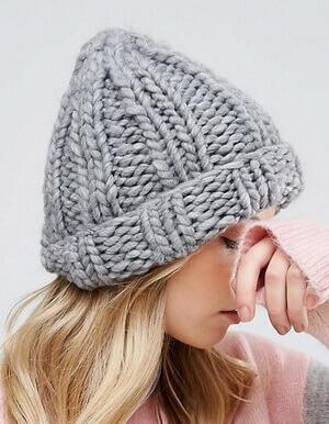 Толстая шапка-бини