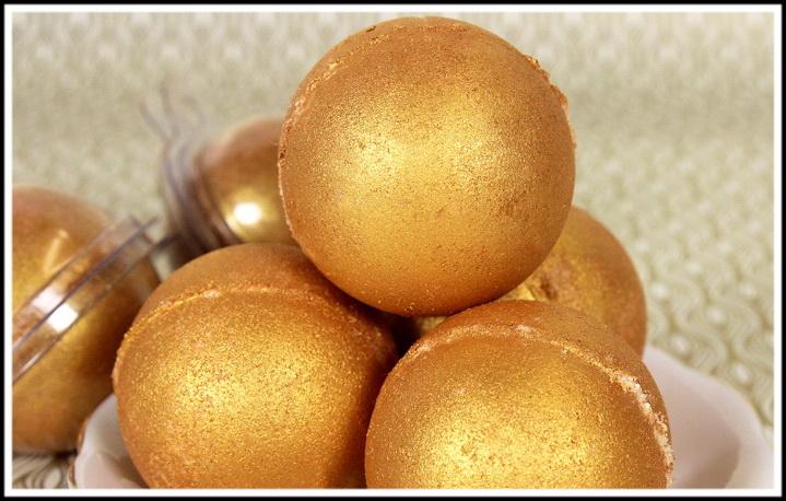 шипящие золотые шарики