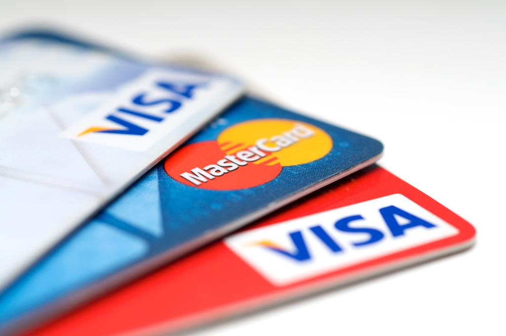 Различные способы оплаты, включая Visa, Mastercard любых банков