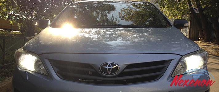 Светодиодные лампы ближнего света на автомобиле toyota corolla