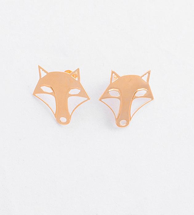 купите серьги-гвоздики золотого цвета Mini Renard от Chic Alors-Paris
