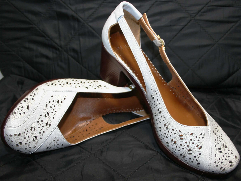 18c0f475f Летние белые туфли босоножки MaraniMagli031-405 шьют из мягчайшей  натуральной кожи с обильной перфорацией. Кожаная подкладка нежная и  приятная на ощупь.