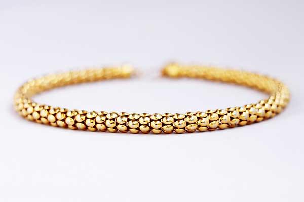 Купить Короткое винтажное колье из золотого металла Monet