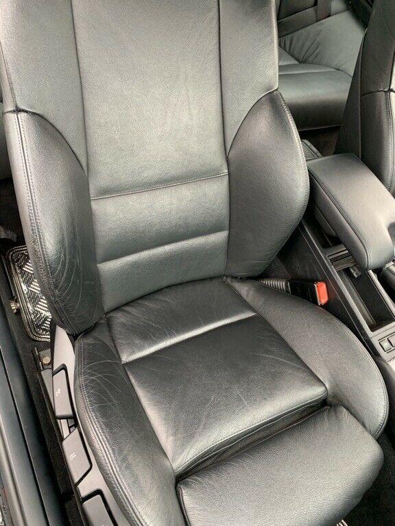 Кресло кожаное BMW