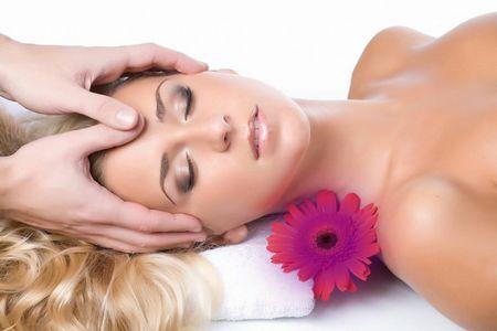 Косметический массаж — молодость и красота.
