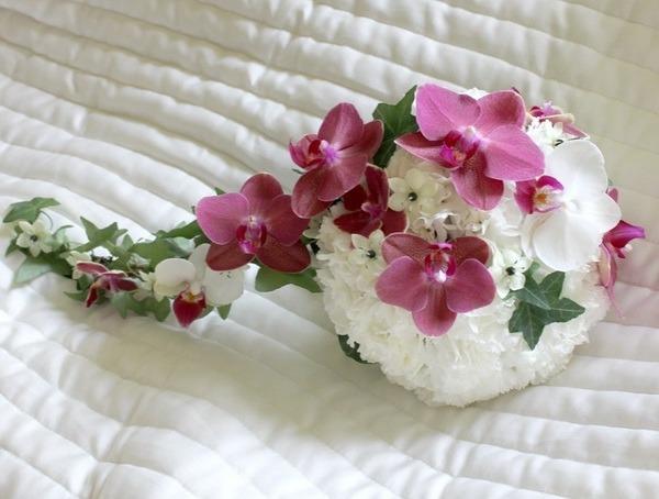 букет_невесты_в_Алматы_белый_с_орхидеей__оформление_цветами.jpg