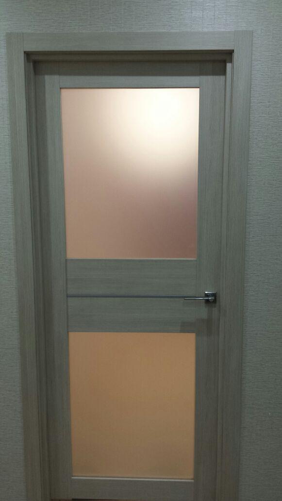 Дверь La Stella 209, стекло матовое, цвет ясень латте, остекленная
