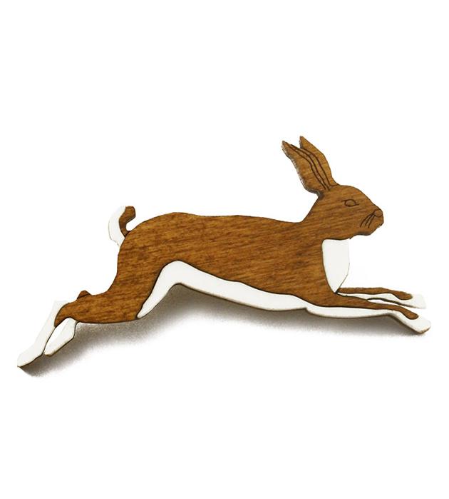 анималистичная брошь-кролик из дерева и плексигласа Rabbit brooch Wood&Cream от Wolf&Moon