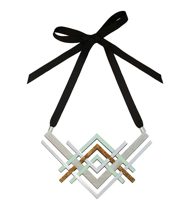 пастельное колье от английского бренда Wolf&Moon - Reflections Necklace Mint