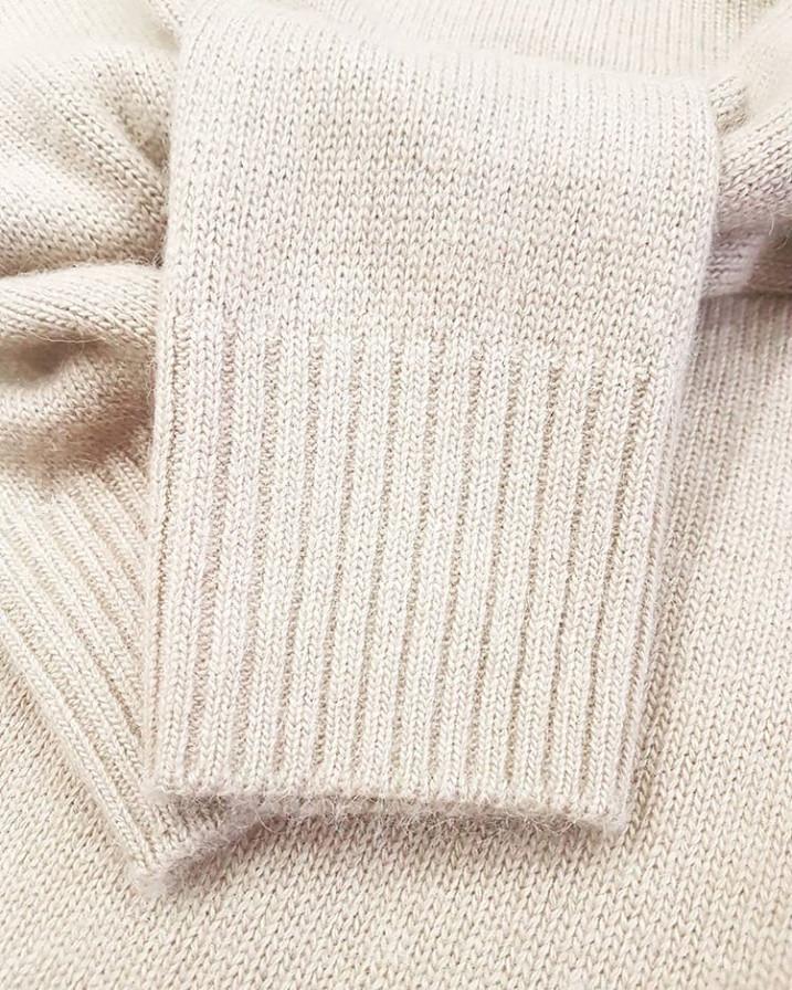 свитер из пуха верблюда сарлаг