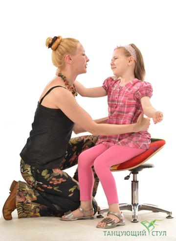 Сколько времени в день можно сидеть на Танцующем стуле для школьника?