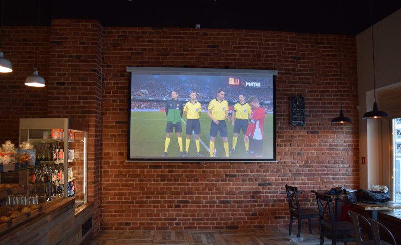 Проектор экран спортбар
