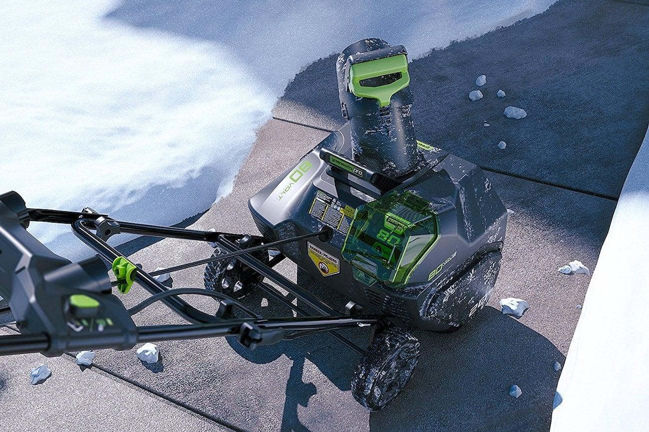 Правила эксплуатации электрических снегоуборщиков Greenworks