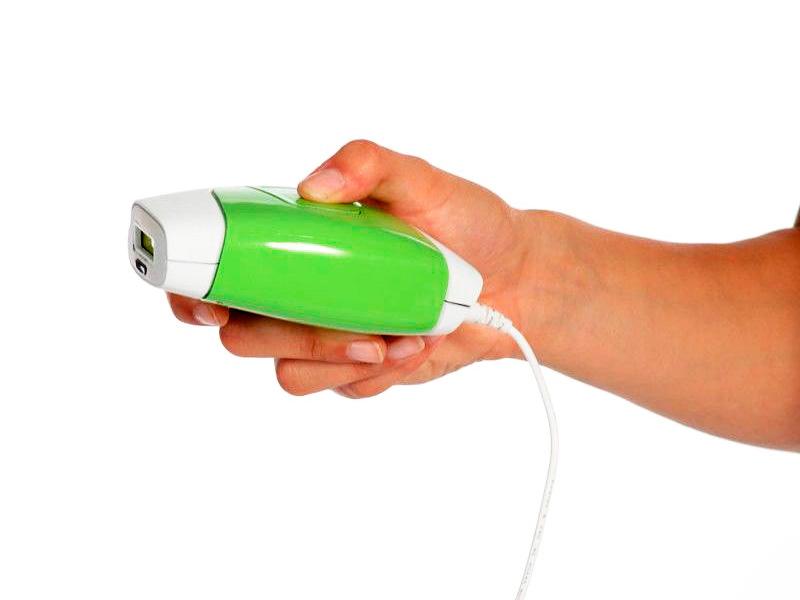 Компактный фотоэпилятор помещается в руке