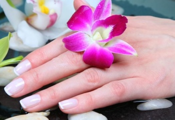 Хрупкие и ломкие ногти: причины и способы укрепления