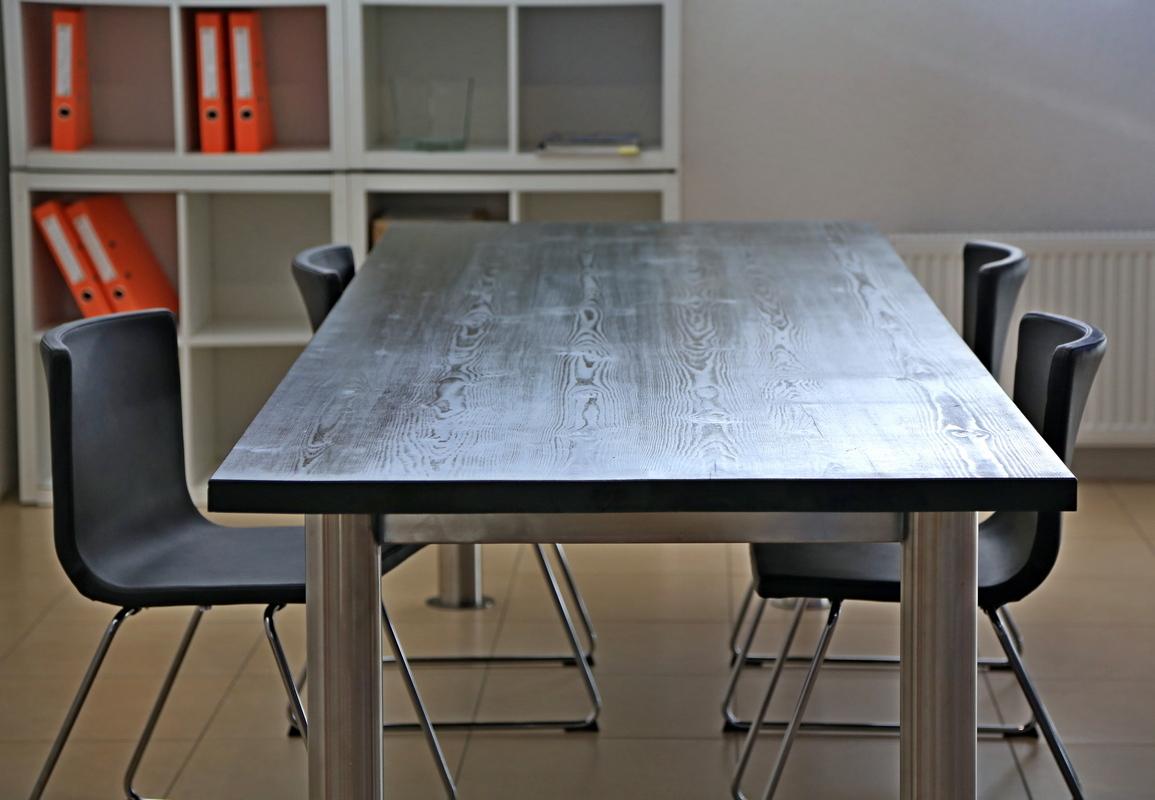 Офисная мебель из массива на заказ