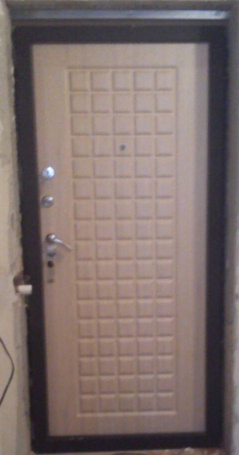 Дверь входная Цитадель Троя, 2 замка, 1,5 мм металл, (чёрный шёлк+шпон бук)