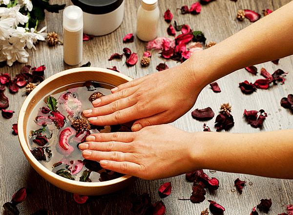 Расслабляющие и лечебные ванночки для ногтей и рук