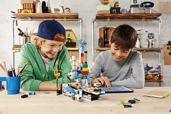 Lego Boost - конструктор роботов для детей от 7 лет