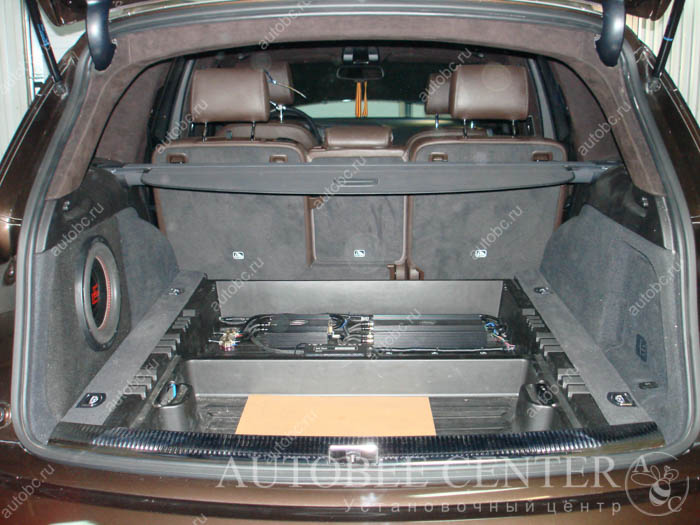 Фото багажника с установленными усилителями