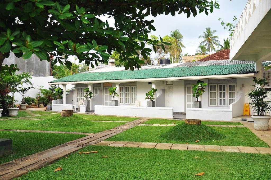 Серф-отель Мирисса, Шри Ланка