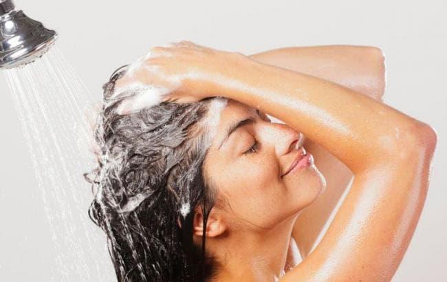 Способы смывания краски для волос дома