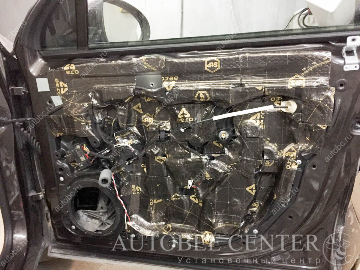 VW Touareg шумоизоляция