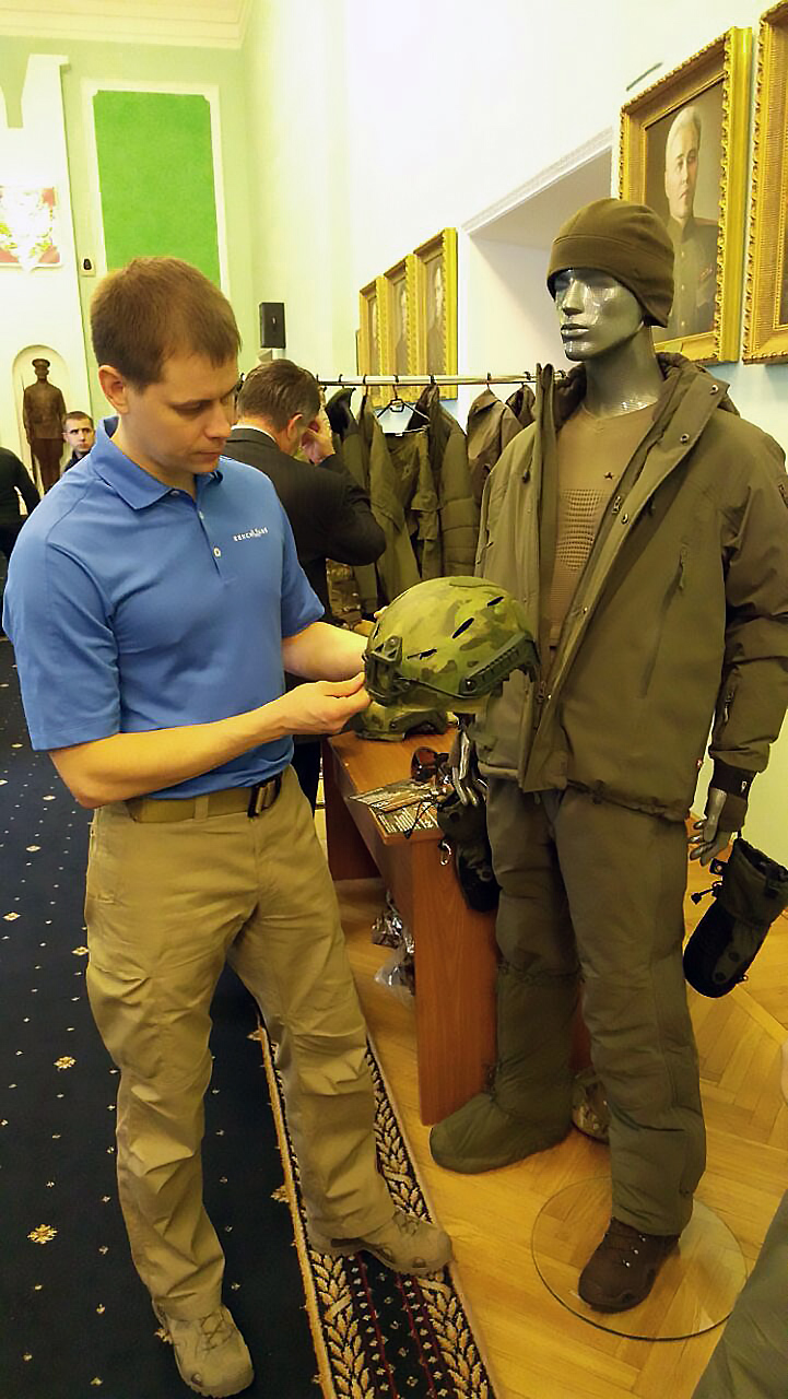 Презентован защитный карбоновых шлем «Ястреб» — последняя разработка 5.45 DESIGN