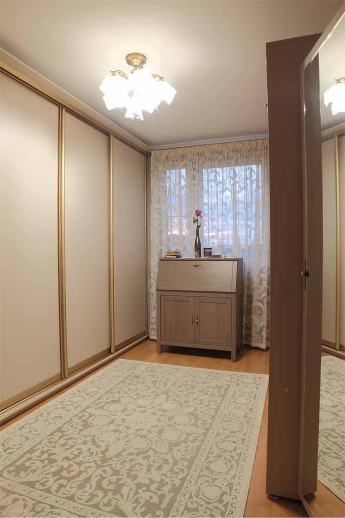 Вертикальная шкаф-кровать