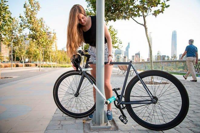 Велозамок из рамы велосипеда