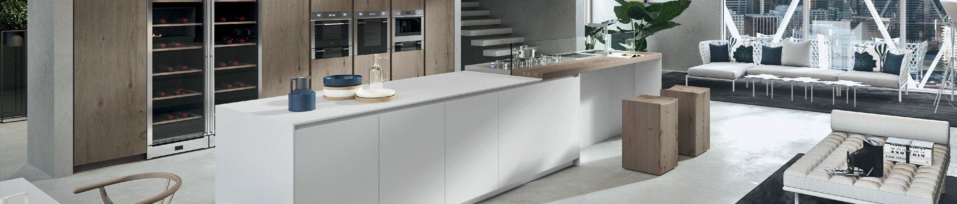Оригинальные кухонные столы