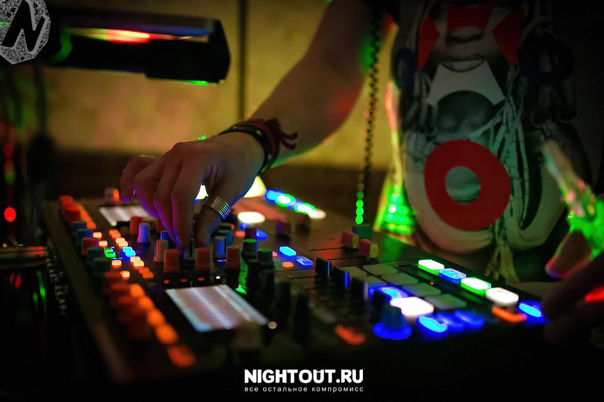 fotootchet-jenskiy-den-7-marta-2016-nightout-moskva__10_.jpg