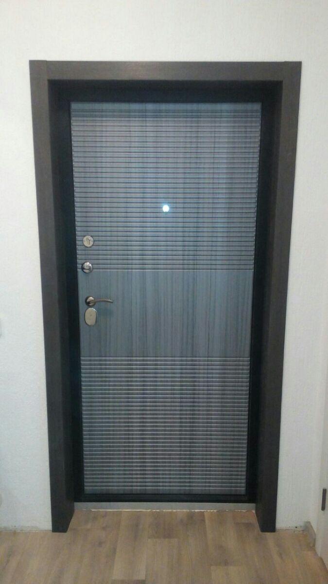 Дверь входная Гарда 7,5 см Гарда Муар, 2 замка, 1,5 мм металл, (чёрный муар+венге тобакко)