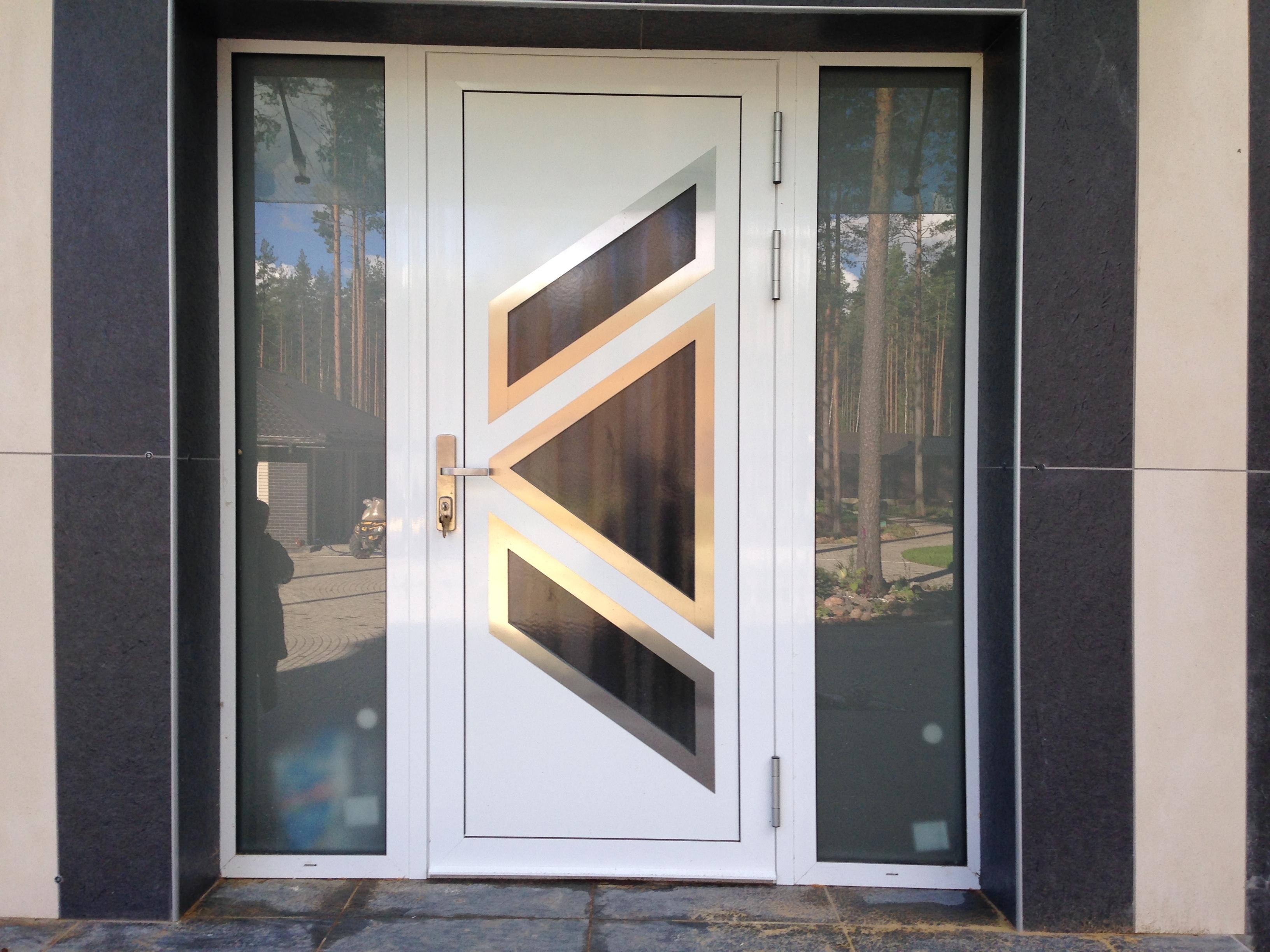Дверь_алюминиевая.JPG