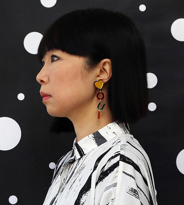 стильные серьги из плексигласа от Jennifer Loiselle - Oui Non Earrings