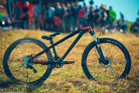Экстримальный велоcипед Format