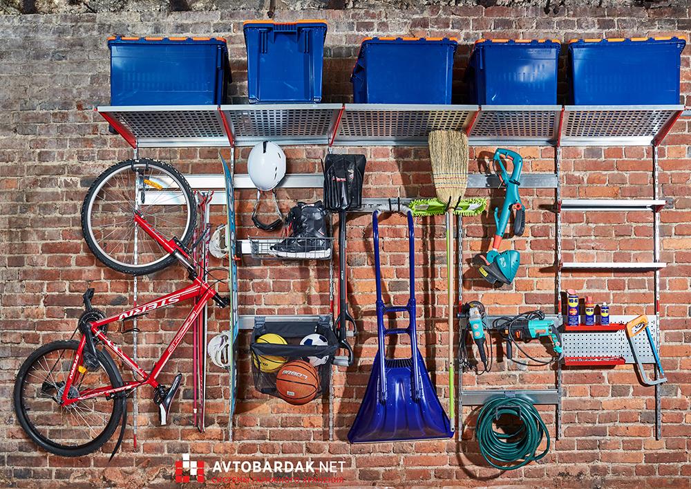 Как правильно обустроить гараж внутри