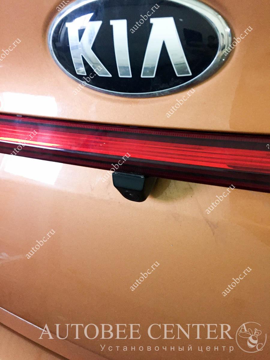 Kia Rio (зеркало с камерой заднего вида)