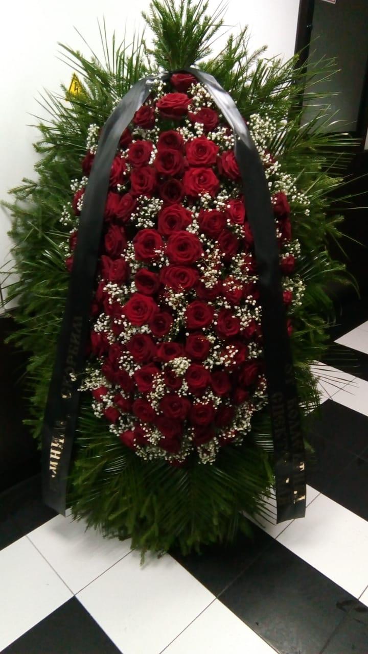 ритуальный венок из живых цветов ВЖ120-04